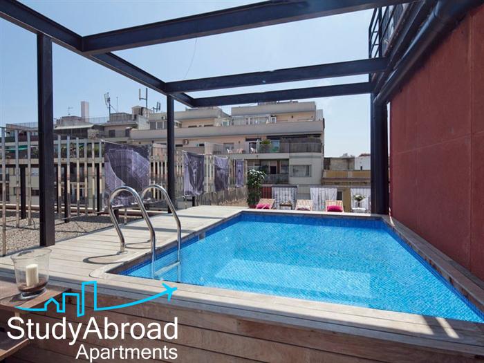 barcelona pool